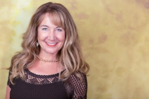 Cindy Powers Prosor: Speaker, Author & Intuitive Heart Mentor on Creating Balance in a New Paradigm – 033